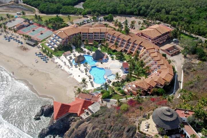 Отель в Коста Алегре
