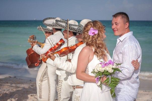Свадьба в Мексике. Фотографии свадьбы. Свадьба с мариачи