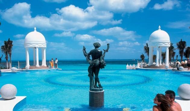 Бассейн отеля Риу Канкун