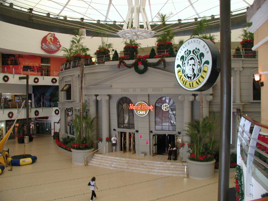 Хард Рок кафе в Канкуне. Отдых в Канкуне на все сто процентов. Клубы и лаунджи Канкуна