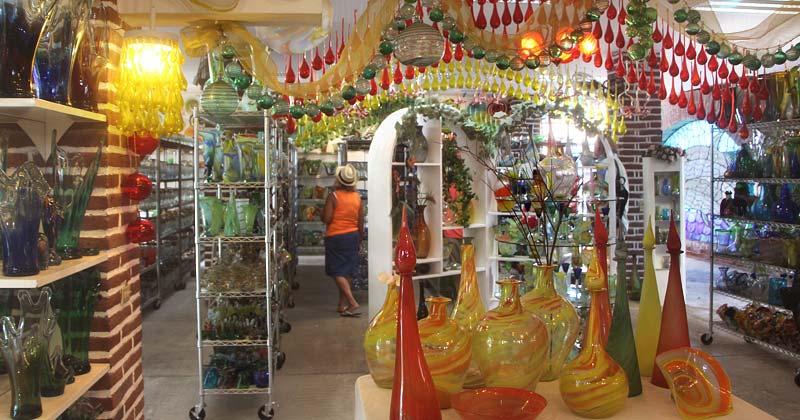 Магазин стеклянной посуды в Кабо Сан Лукасе