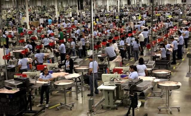 Макиладорес в Мексике. Текстильный цех в штате Коауила
