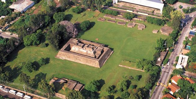 Археологические раскопки Теопансолько, Куэрнавака, Мексика