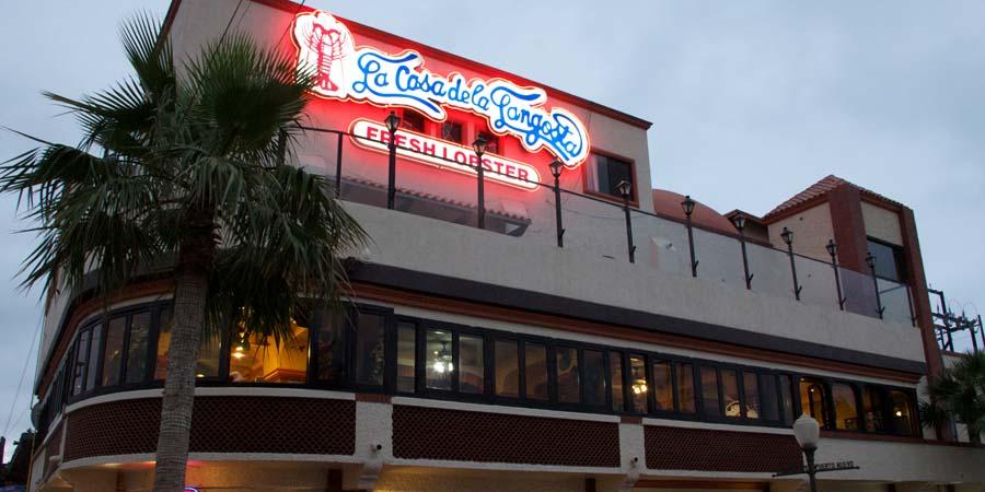 Самый популярный ресторан морепродуктов в Мексике. Каса де Лангоста