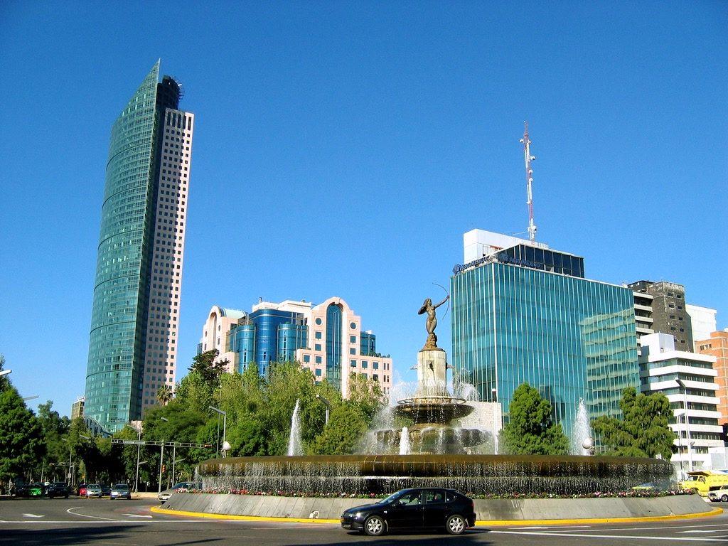 Бизнес центр города Мехико Сити сосредоточен на Пасео Реформа