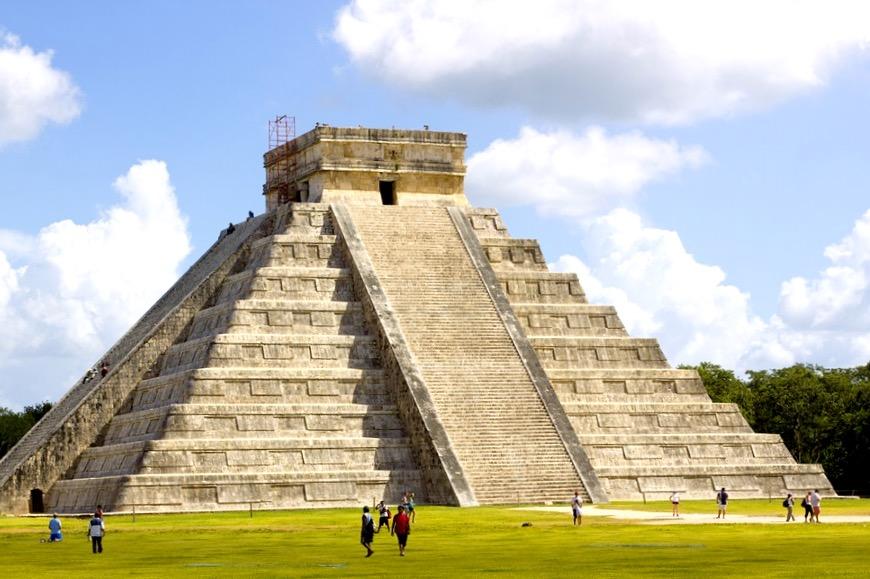 Пирамида Кукулькан, археологическая зона Чичен-Ица, штат Юкатан