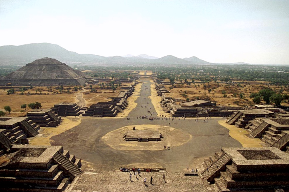 Город Теотиуакан. Пирамиды Солнца и Луны