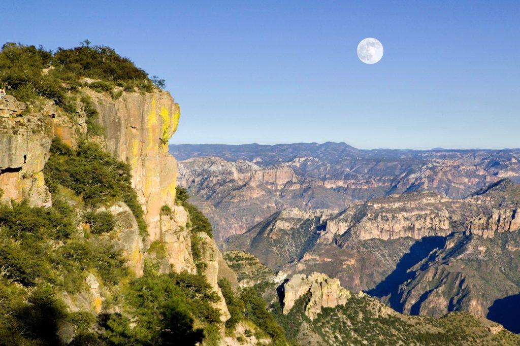 Потрясающий кадр в Медном Каньоне. Барранко дель Кобро