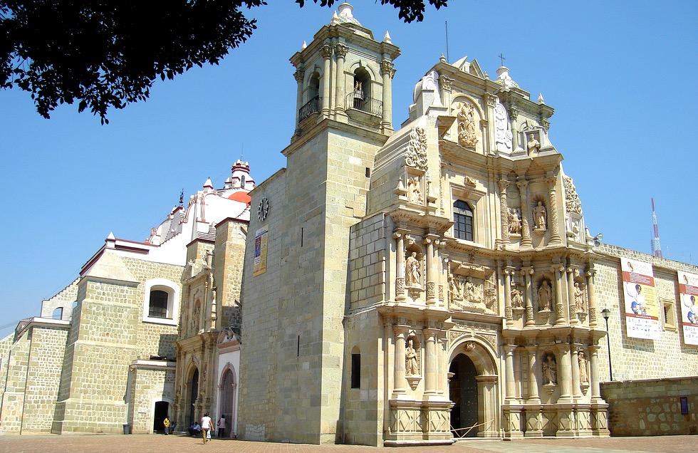 Стиль барокко хорошо просматривается в базилике Ла Соледад, Оахака, Мексика