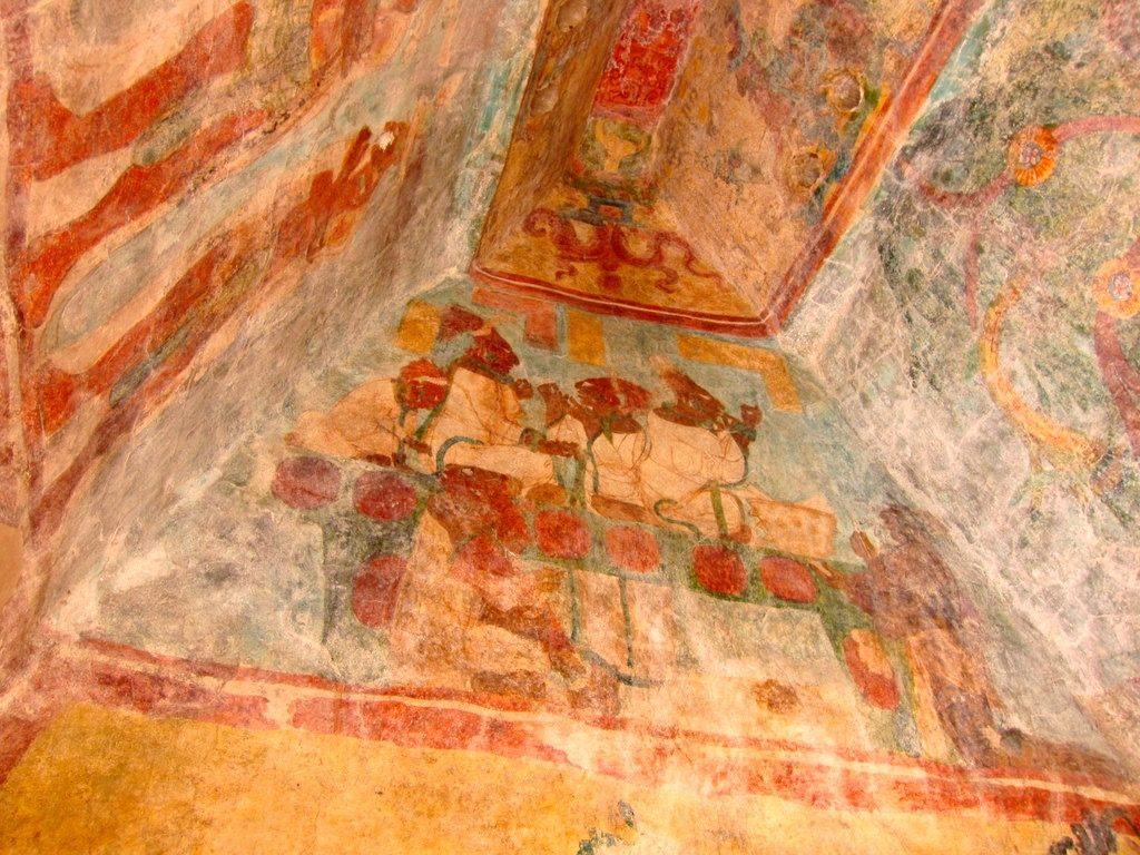 Первый Храм Фресок находящийся на вершине Акрополя города Бонампак. Мексика