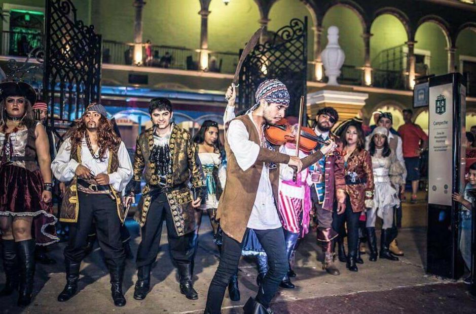 пираты в кампече, шоу
