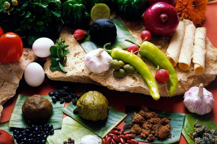 Многие продукты пришли к нам из Мексики.