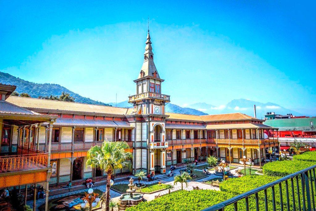 Паласио-де-Йерро – истинный шедевр европейской архитектуры