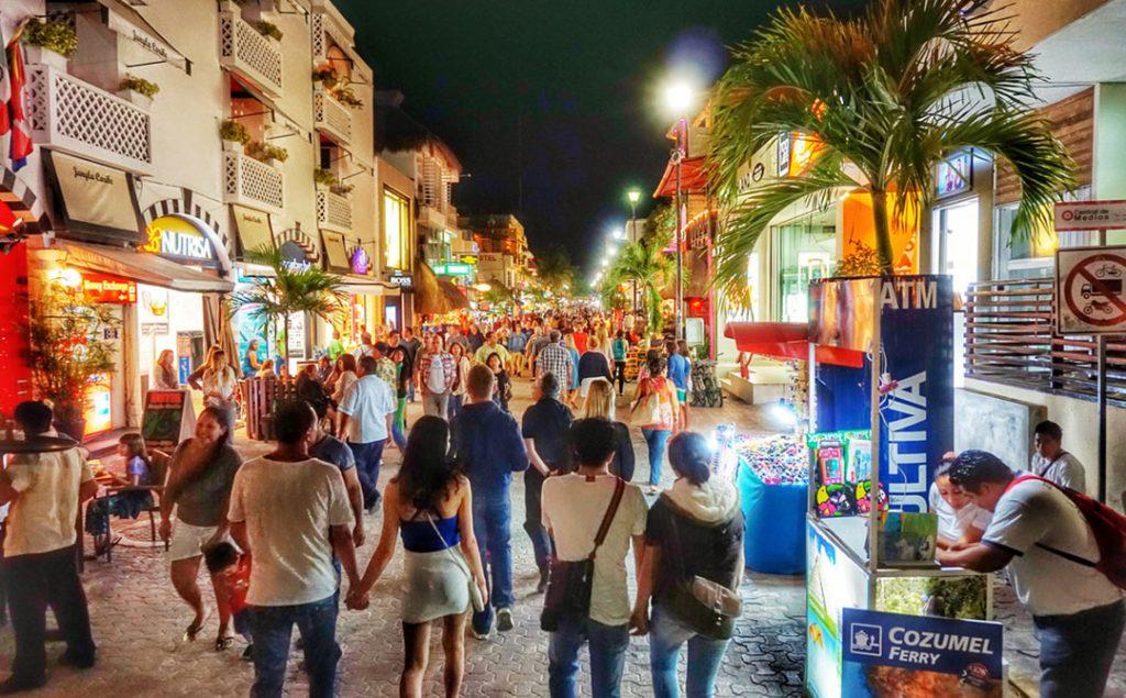 Плайя дель Кармен, пятая авеню