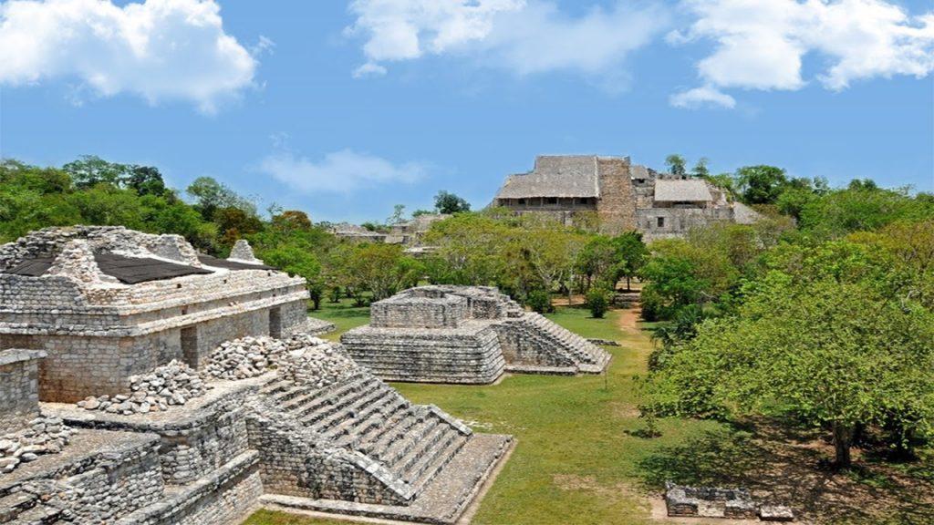 Древний город  Эк Балам